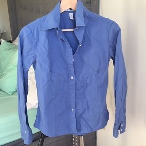 Gap blue button down